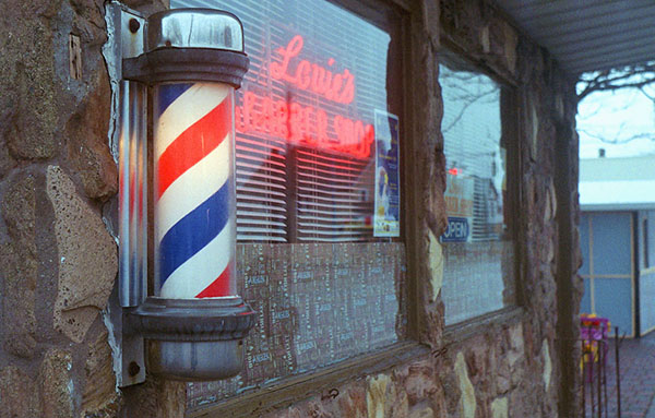Louis' Barber Shop